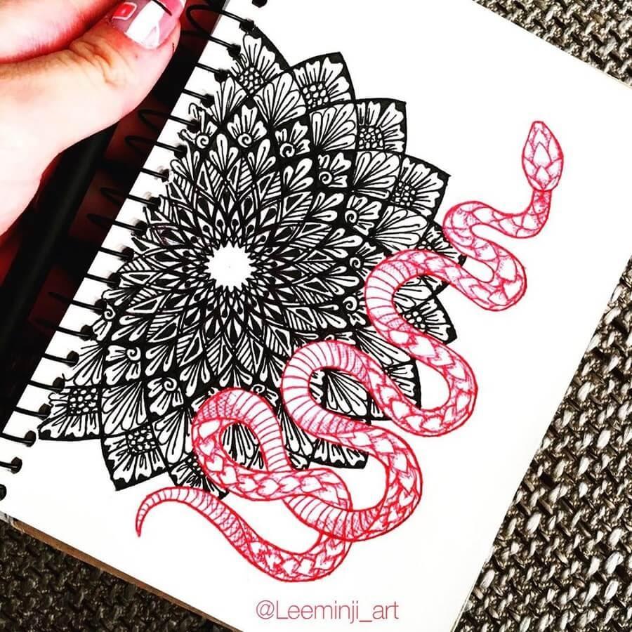 08-Red-Snake-Lidiia-Varichenko-www-designstack-co