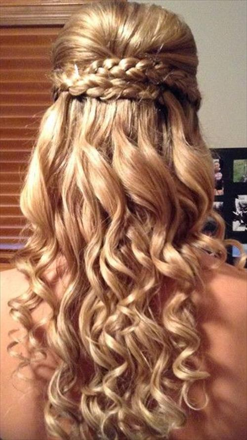36 beautiful prom hairstyles for short hair girls hairstylo. Black Bedroom Furniture Sets. Home Design Ideas