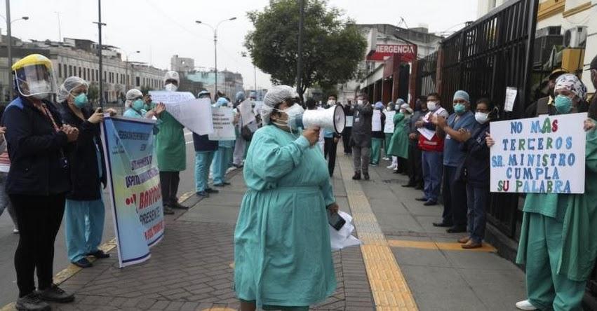 ULTIMÁTUM A CLÍNICAS PRIVADAS: Presidente Vizcarra advierte expropiar centros hospitalarios particulares si no acuerdan una tarifa de atención a enfermos de coronavirus