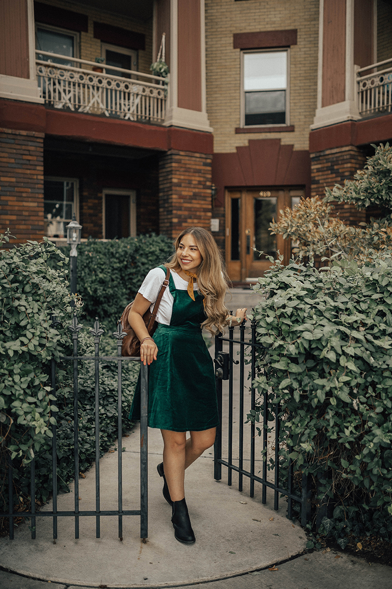 velvet green dress, fall outfit, fall style
