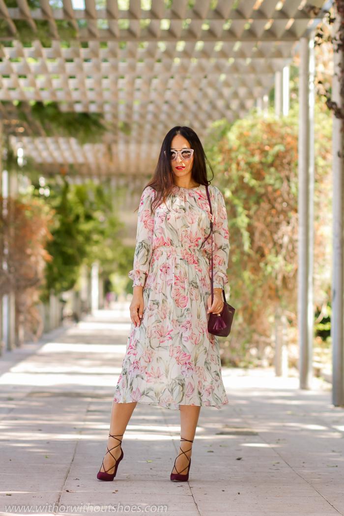 BLogger influencer de moda de Valencia con ideas de outfit elegante femenino con zapatos bonitos
