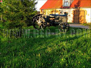 Дудутки. Один из первых советских тракторов