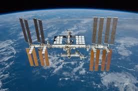 Rússia e EUA anunciam fim da ISS