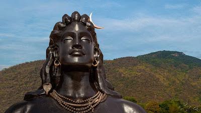 adiyogi-112-feet-foot-statue-facts