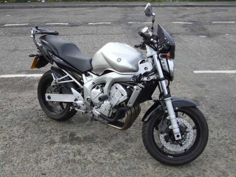 yamahamanual: 2009 Yamaha FZ6-N Owners Manual