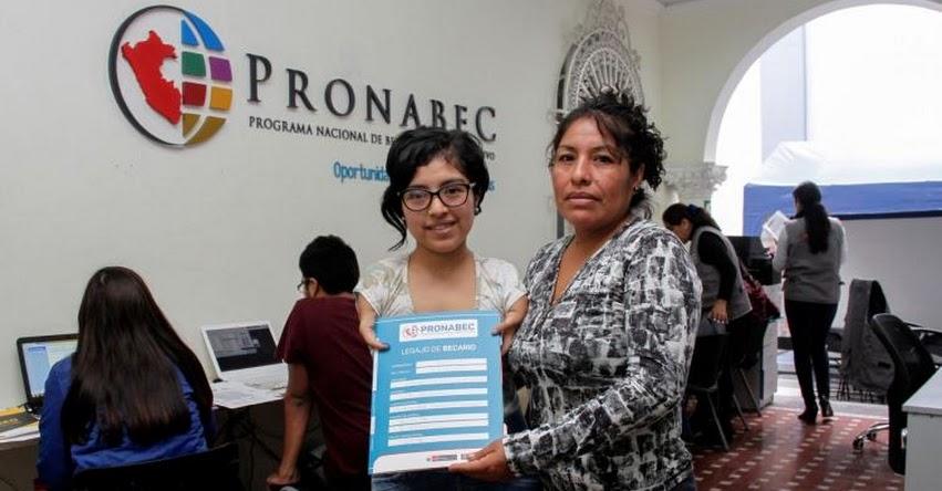 AMPARO ALONSO: Joven con discapacidad gana beca para estudiar psicología en la Cayetano Heredia