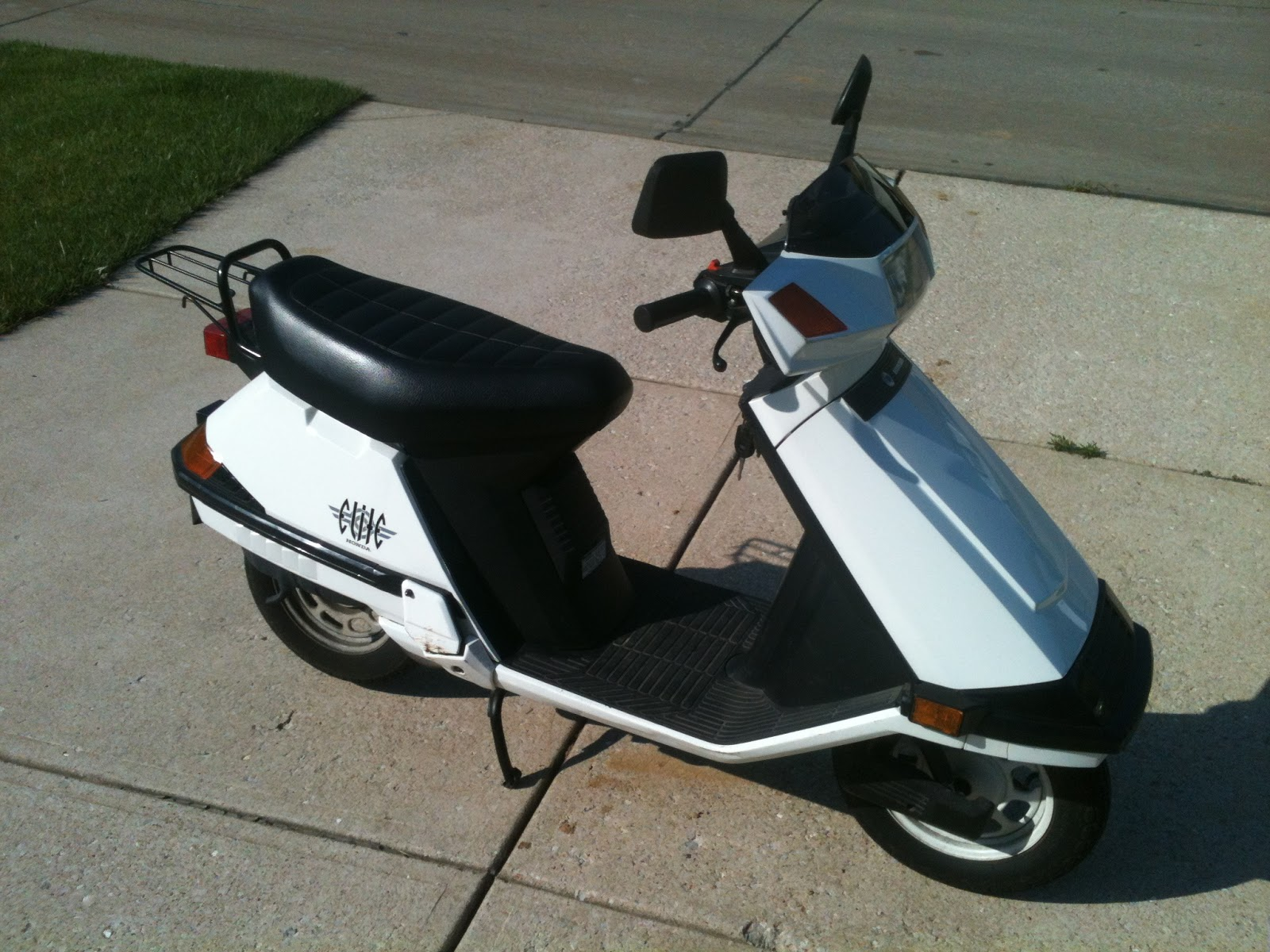 awesome honda elite 80cc scooter moped for sale runs like new 1 000 st charles mo. Black Bedroom Furniture Sets. Home Design Ideas