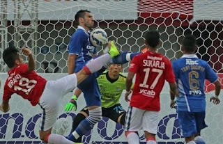 Main Monoton, Persib Kalah 0-1 di Kandang Bali United