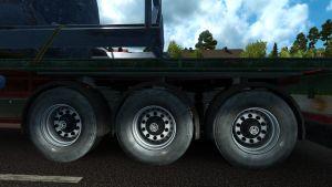 Wheels trailers dirty