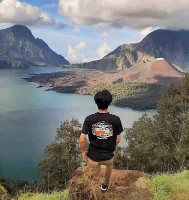 4 danau cantik diatas gunung ini wajib dikunjungi - foto instagram mahardikaa_26