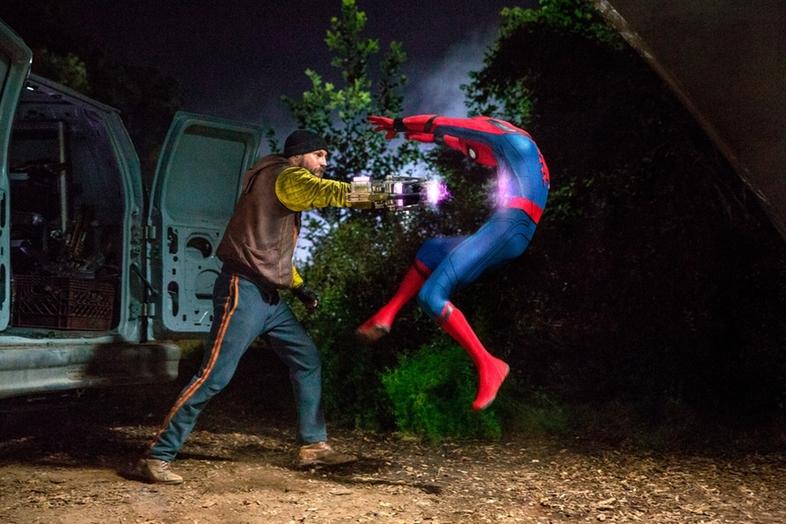 Spider-Man Homecoming sorprende con nuevas imágenes, ¡vemos a Shocker!