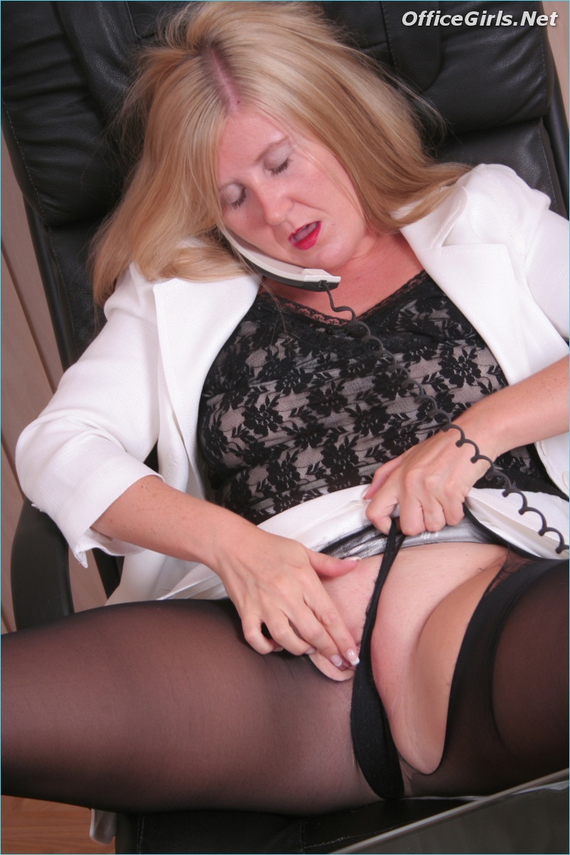 08 vera delight granny likes it rough anal 4