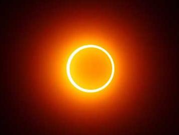 Bahaya melihat gerhana matahari | dampak serius dari melihat gerhana matahari