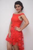 Yamini bhaskar new glam pics-thumbnail-13