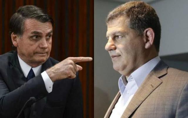 Bolsonaro negou conversas, mas WhatsApp de Bebianno desmente