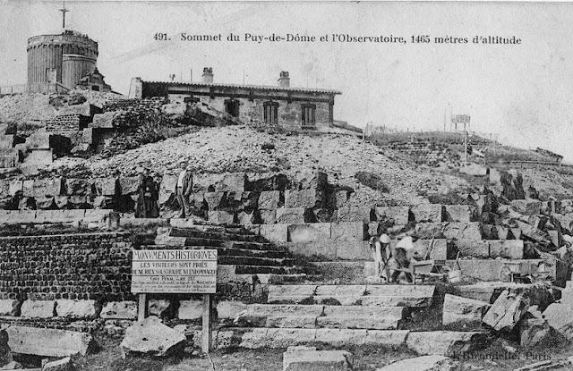 Sommet du Puy de de Dôme, l'observatoire.