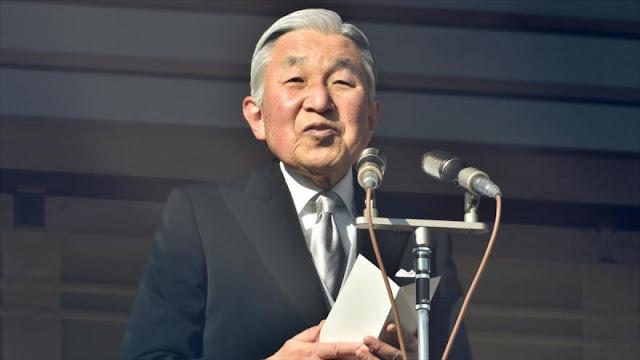 Emperador de Japón reconoce dificultades para ejercer su cargo y pide su relevo