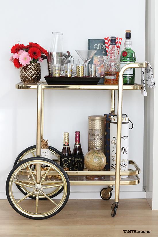 taste around how to style der servierwagen. Black Bedroom Furniture Sets. Home Design Ideas