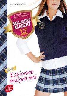 http://lesreinesdelanuit.blogspot.be/2016/06/gallagher-academy-t1-espionne-malgre.html