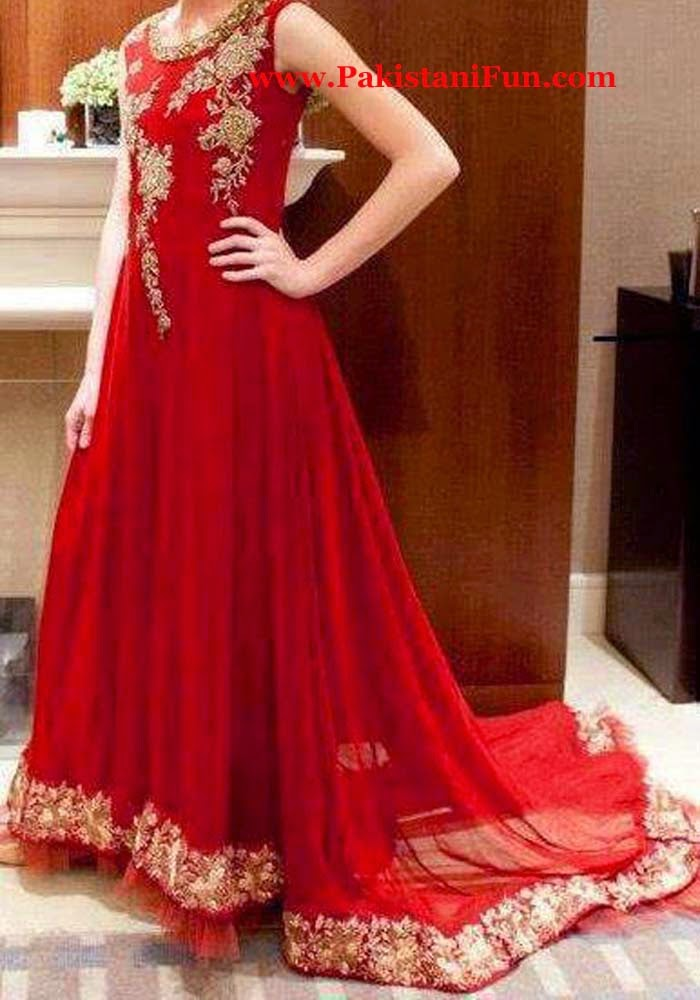 Latest Beautiful Pakistani Engagement Dresses For Girls