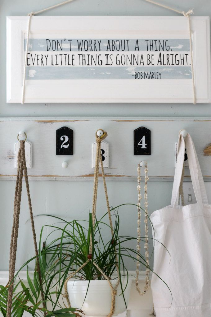 Easy DIY Summer Sign