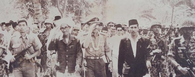 "Lagi, Kyai NU Mendapat Gelar Pahlawan Nasional ""KHR As'ad Syamsul Arifin"""