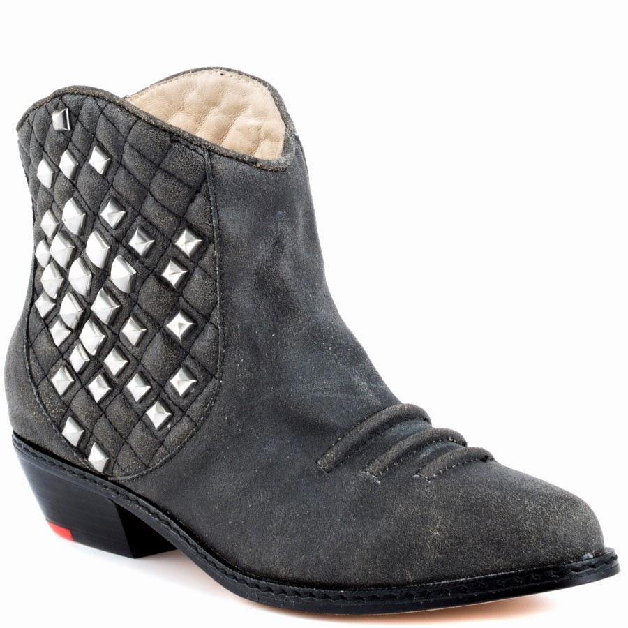 รองเท้าหนังผู้หญิง