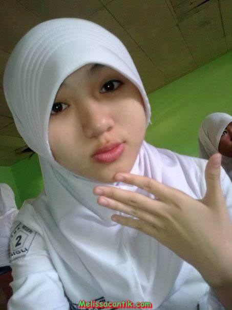 Cute Indonesian Hijab School Girl Pictures Latest Update-2557