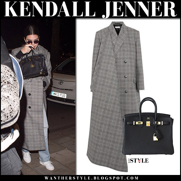 Kendall Jenner in grey plaid long coat balenciaga prince of wales with black bag hermes mini birkin at Heathrow november 18 2017 street style