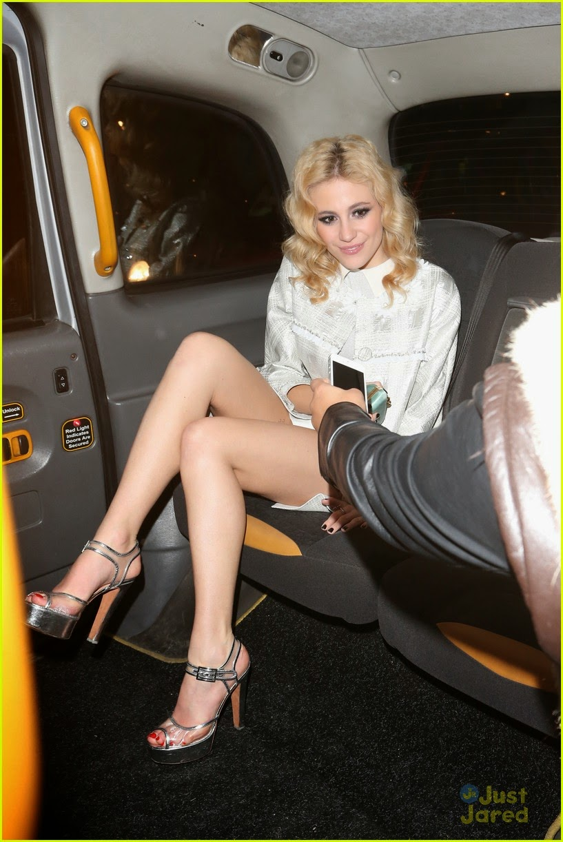 Pixie lott shoots her new and rauncy music video