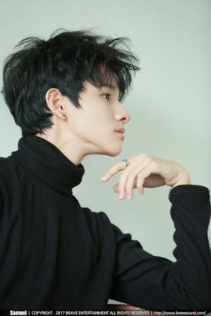 Kim Samuel fancafe Jacket Behind Photos
