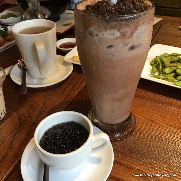 #819 chocolate milk tea with pearls at Chun Shui Tang Cultural Tea House in Taichung, Taiwan