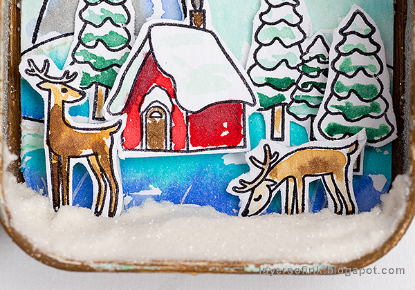 Layers of ink - Dimensional Winter Scene in an Altered Tin Tutorial by Anna-Karin Evaldsson.