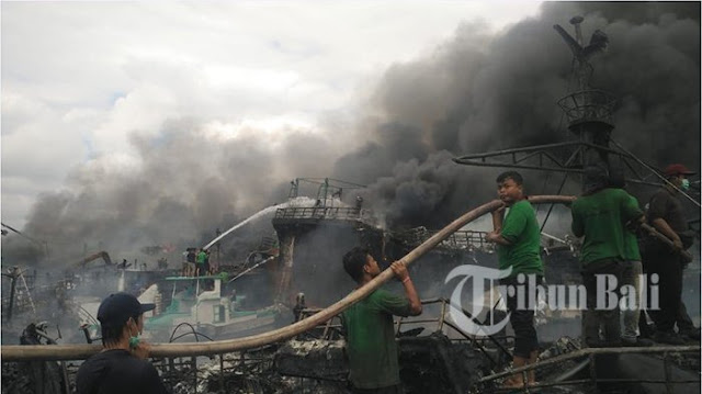 Suryo Prabowo Angkat Bicara soal Puluhan Kapal Nelayan yang Terbakar di Pelabuhan Benoa, Bali