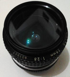 Tampak atas lensa
