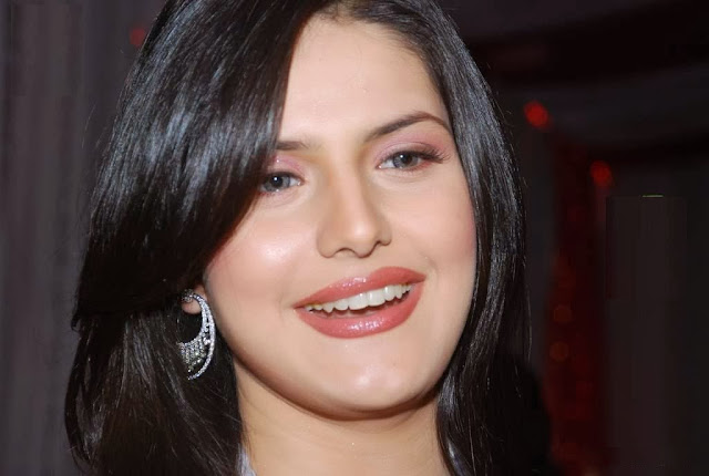 Zarine Khan HD Wallpaper Free