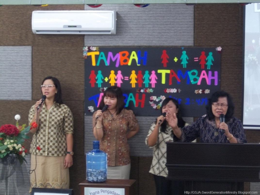 Harnas Wanita GSJA Sword 2011