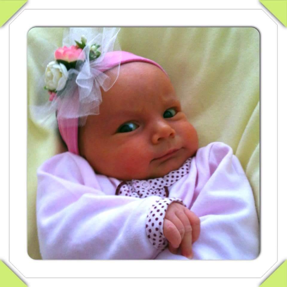 Yeni doğan bebeklere göz bakımı nasıl yapılır