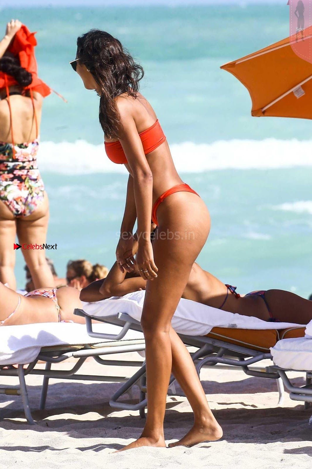 Lais Ribeiro SexyLong Legs Hot Beautiful Ass in Red Thongs Cleavages WOW must see Feb 2018 ~ SexyCelebs.in Exclusive