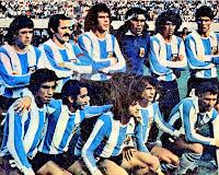 SELECCIÓN DE ARGENTINA - Temporada 1976-77 - Houseman, Carrascosa, Killer, Gatti, Olguín y Tarantini; Gallego, Ardiles, Saldaño, Valencia y Bertoni - ARGENTINA 0 U. R. S. S. 0 - 28/11/1976 - Partido amistoso - Buenos Aires, Argentina, estadio de River Plate