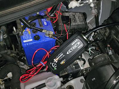 Panasonic CaosProN-M42/ASバッテリー CTEK MUS4.3にて補充電