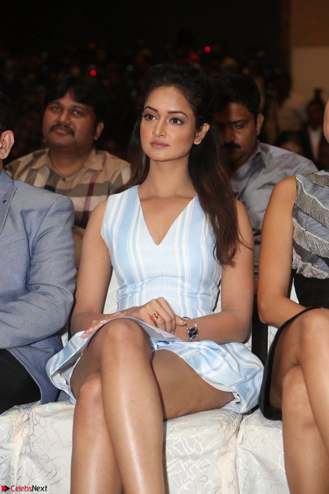 Shanvi Looks super cute in Small Mini Dress at IIFA Utsavam Awards press meet 27th March 2017