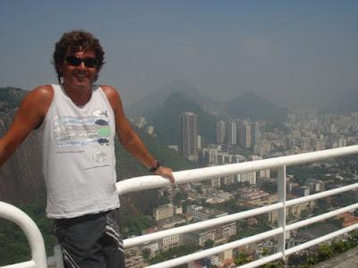 Julio en Rio en auto a Brasil