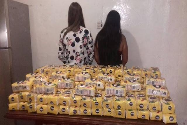 Cárcel a dos chicas por llevar harina en una ambulancia