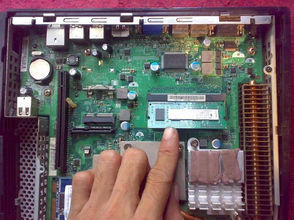 HP mini (HP T5740) - RAM Onboard