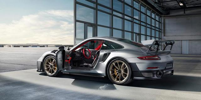 Porsche 911 GT2 RS Top Speed