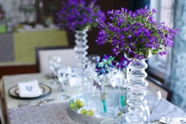 fleur décoration table pour anniversaire