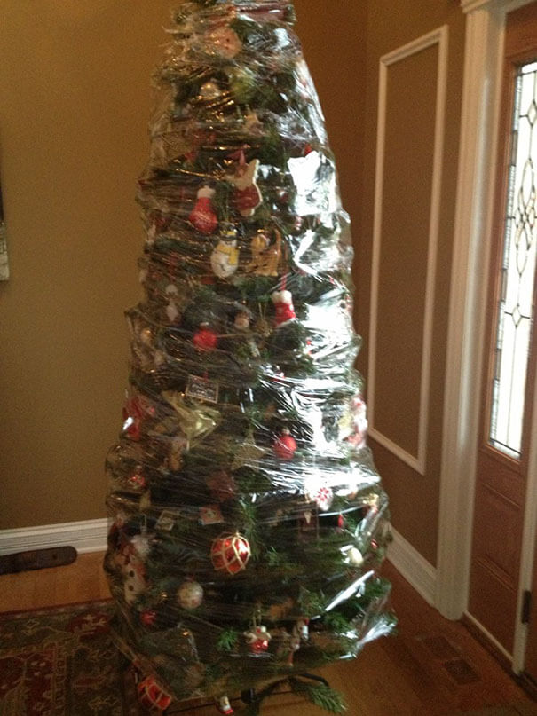 These Geniuses Found A Way To Protect Their Christmas Trees From Their Cats And Dogs