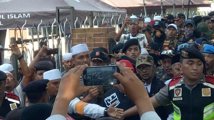 Nyali Banser NU Ciut Diusir TNI AL Ketika Ingin Bubarkan Kajian Ustad Felix Siauw Di Surabaya