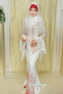 Model baju muslim model kebaya yang fashionable